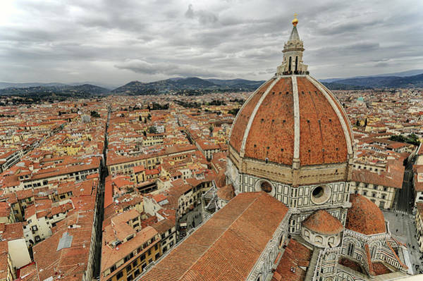 Duomo Photograph - Santa Maria Del Fiore by Photo By Cuellar