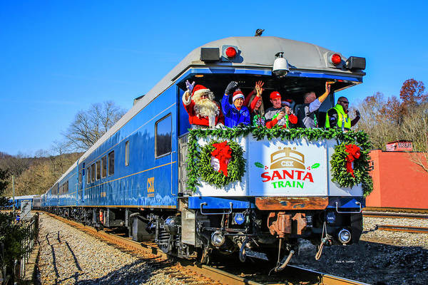 Photograph - Santa Train 2018 by Dale R Carlson
