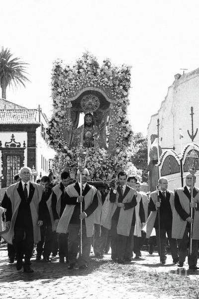 Wall Art - Photograph - Santo Cristo Procession by Gaspar Avila