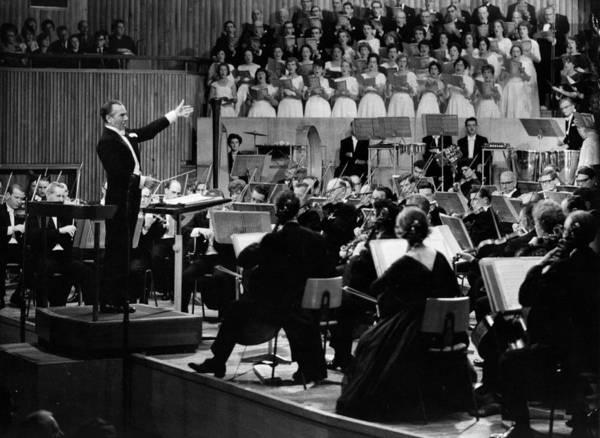 Auditorium Photograph - Sargent Conducts by Erich Auerbach