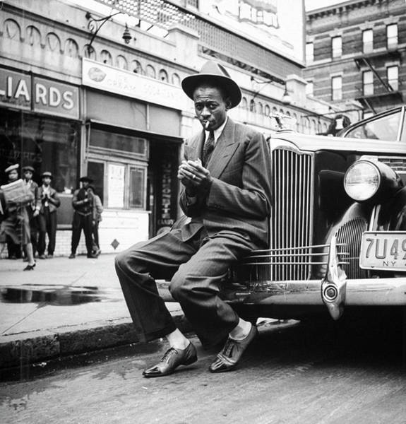 Wall Art - Photograph - Satchel Paige In Harlem by George Strock