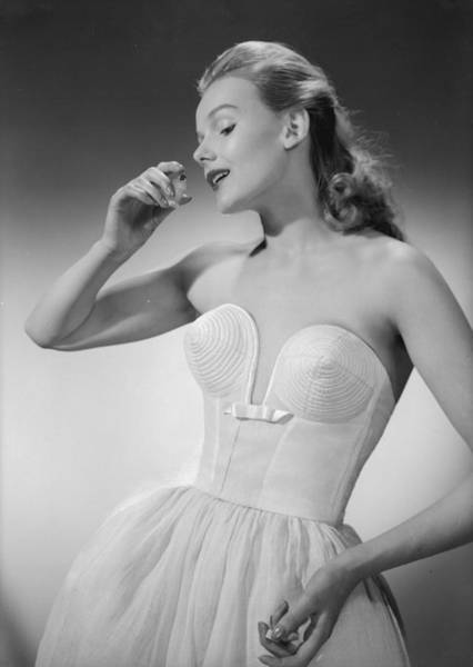 Evening Wear Photograph - Scent Of A Woman by Chaloner Woods