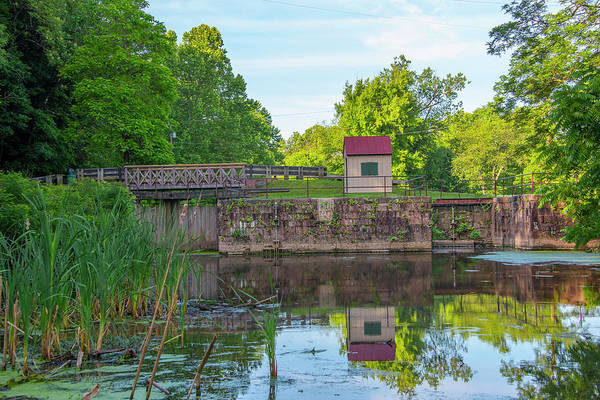 Photograph - Schuylkill Canal - Mont Clare - Lock 60 by Bill Cannon