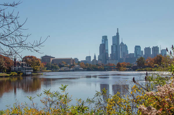 Photograph - Schuylkill River Skyline View - Philadelphia In Autumn by Bill Cannon