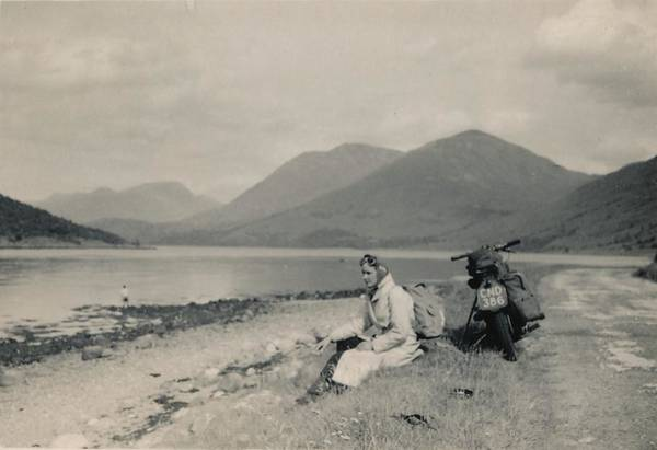 Painting - Scotland C 1946 Taking A Cigarette Break by Celestial Images