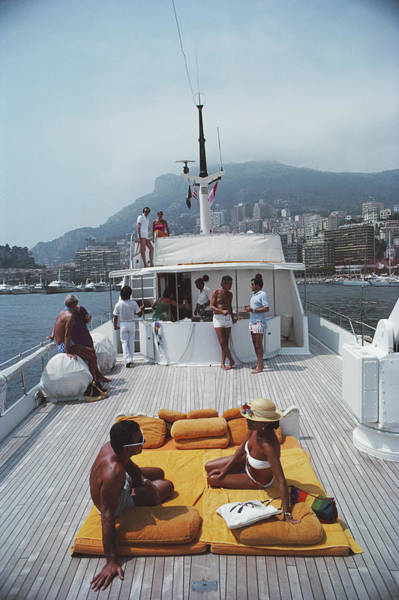 Color Image Photograph - Scottis Yacht by Slim Aarons