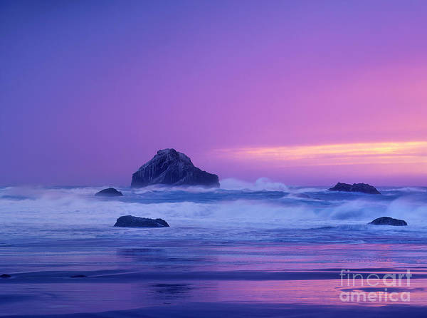 Photograph - Sea Stack In Storm Bandon Beach Oregon by Dave Welling