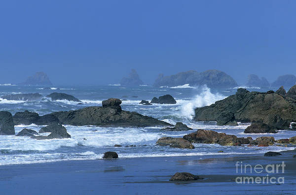 Photograph - Sea Stacks And Surf Harris State Beach Oregon by Dave Welling