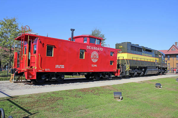 Sbd Wall Art - Photograph - Seaboard Air Line Caboose 5241 by Joseph C Hinson