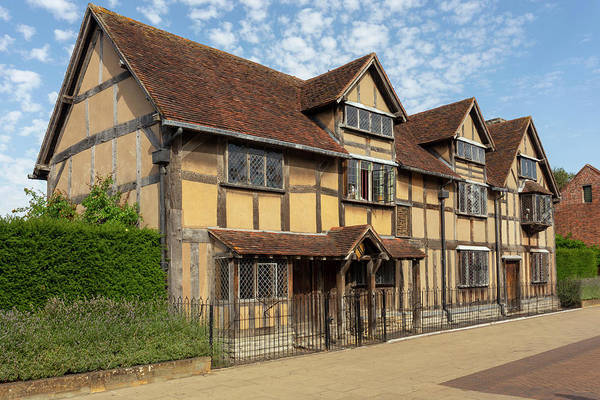 Photograph - Shakespeares Birthplace by Paul Cowan