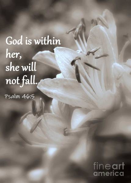 Photograph - She Will Not Fall by Patti Whitten