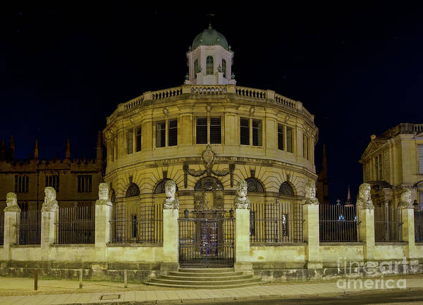 Wall Art - Photograph - Sheldonian Theatre Oxford Before Dawn by Tim Gainey