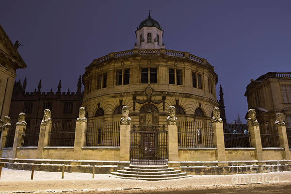 Wall Art - Photograph - Sheldonian Theatre Oxford In The Winter Snow by Tim Gainey