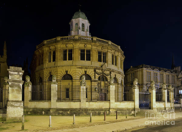 Wall Art - Photograph - Sheldonian Theatre Oxford by Tim Gainey