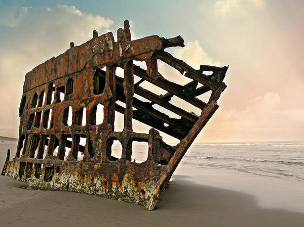 Photograph - Shipwreck by Micki Findlay