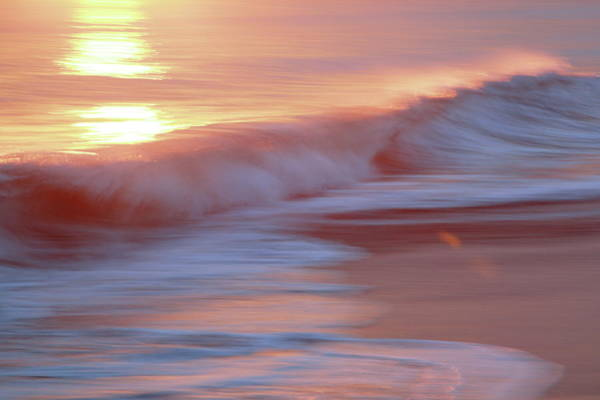Kanagawa Wall Art - Photograph - Shonan Sunset Wave by Tsuntsun