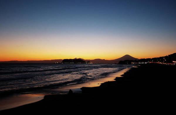Kamakura Wall Art - Photograph - Shonan Winter Sunset Beach And Mt.fuji by Taro Hama @ E-kamakura