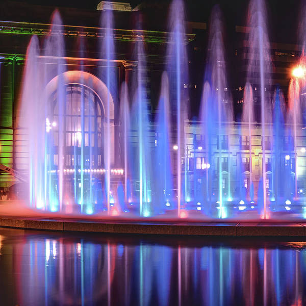 Photograph - Shooting Fountains - Kansas City Union Station Fountain by Gregory Ballos