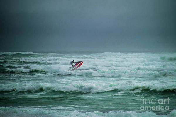 Photograph - Shooting The Surf by Judy Hall-Folde