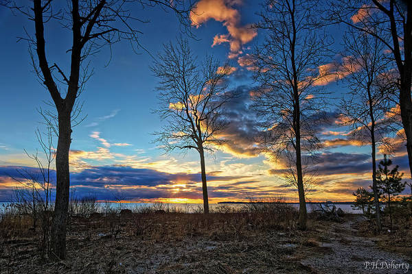 Great Lakes Region Wall Art - Photograph - Shoreline Views by Phill Doherty