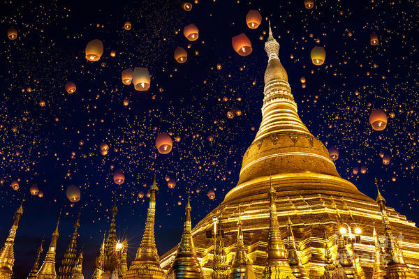 Myanmar Wall Art - Photograph - Shwedagon Pagoda With Larntern In The by Krunja