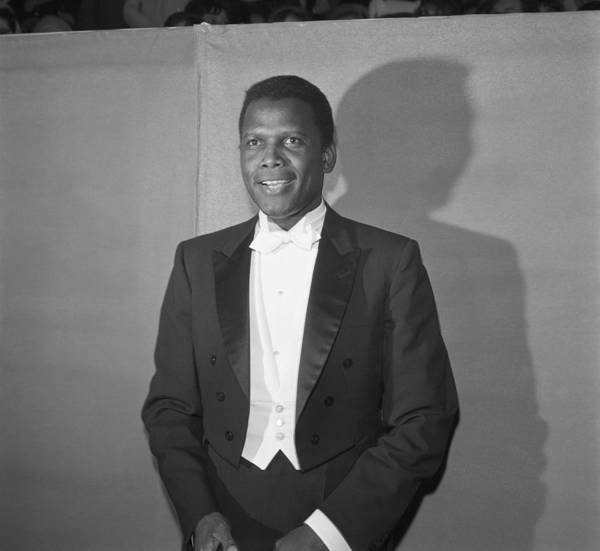 Annual Photograph - Sidney Poitier At The Oscars by Michael Ochs Archives