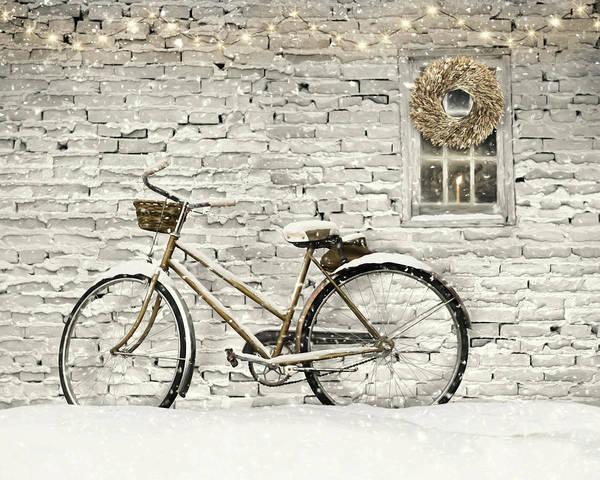 Wall Art - Mixed Media - Silence Is Golden by Lori Deiter