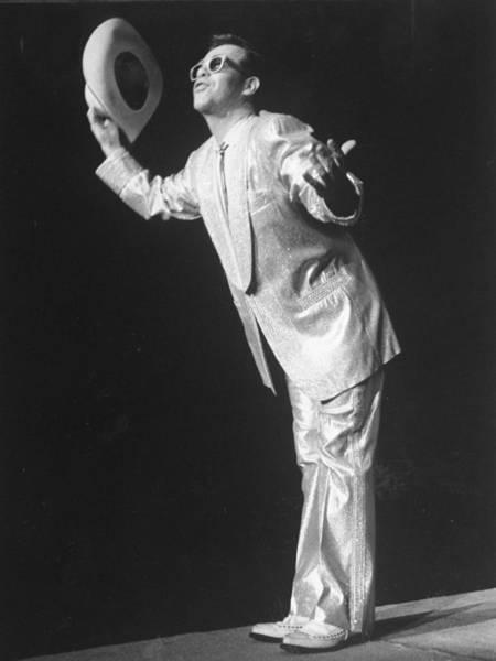 Elton John Photograph - Singer Elton John Takes A Bow by New York Daily News Archive