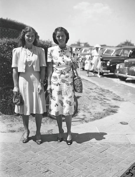 Socialite Photograph - Sisters Anne Murray & Marie Harris by Bert Morgan