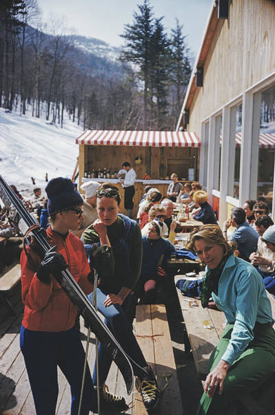 Socialite Photograph - Ski Fashion At Sugarbush by Slim Aarons