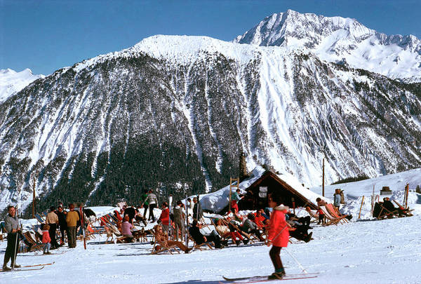 Mountain Photograph - Skiing At Courcheval by Slim Aarons