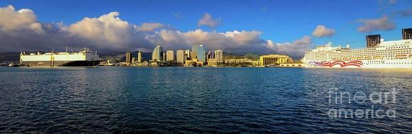 Photograph - Skyline - Honolulu Harbor, Oahu, Hawaii  by D Davila