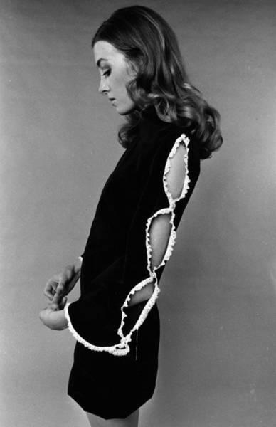 Evening Wear Photograph - Sleeve Fashion by Evening Standard