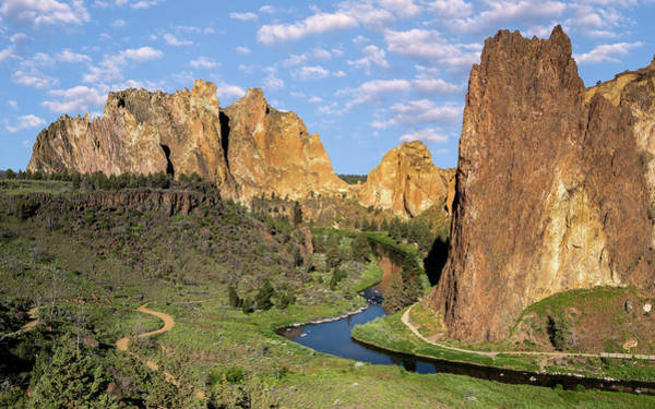 Wall Art - Photograph - Smith Rock State Park by Jerry Fornarotto