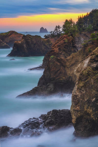 Photograph - Smooth Water At Thunder Rock by Darren White