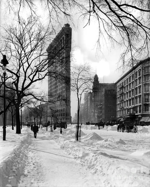 Wall Art - Photograph - Snow At The Flatiron Building by Jon Neidert