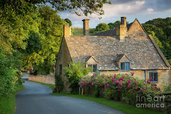 Photograph - Snowshill Cottage by Brian Jannsen
