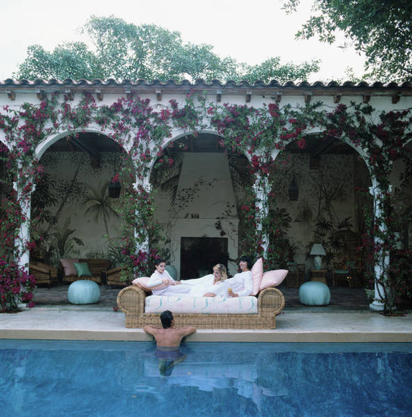 Palm Beach Photograph - Sofa By The Pool by Slim Aarons
