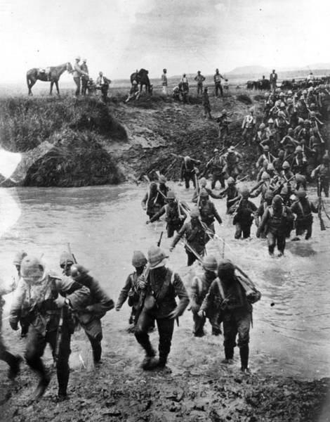 British Armed Forces Photograph - Soldiers Cross River by Fox Photos