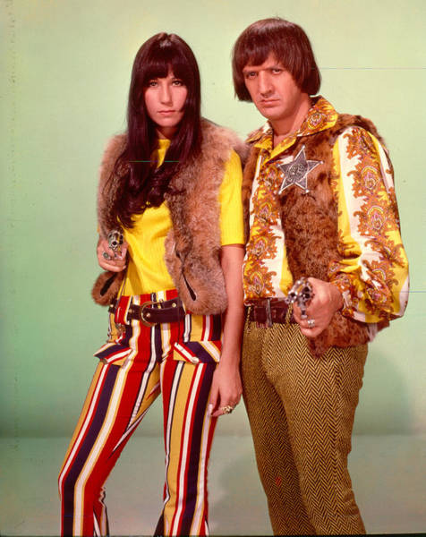 Sonny Bono Wall Art - Photograph - Sonny & Cher Take Aim by Michael Ochs Archives