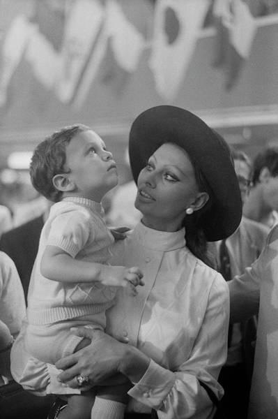 Photograph - Sophia Loren by Art Zelin