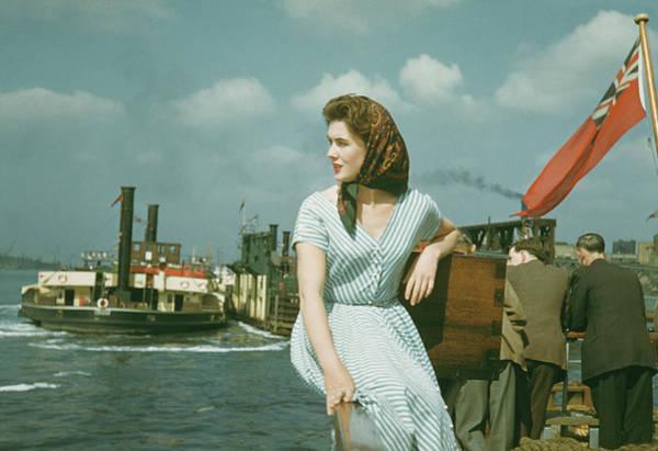 Southend Photograph - Southend Holiday by Bert Hardy