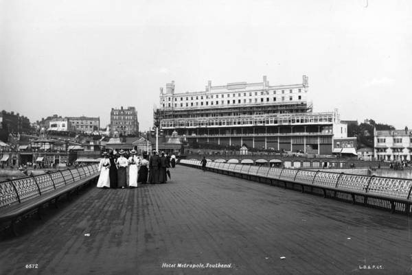 Southend Photograph - Southend-on-sea by London Stereoscopic Company