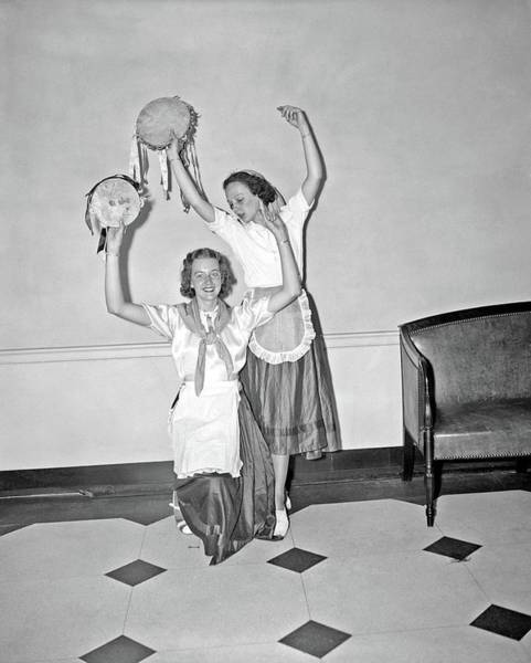 Painting - Spanish Dancers. Betty Ross Kneeling And Zellah Bladen, 1929 By Harris  Ewing by Celestial Images