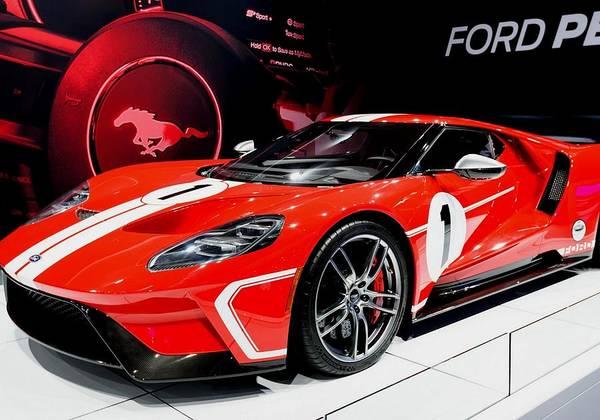 Awesome Show Digital Art - Sports Car Dreams 1 - Ford G T - H Q Photography L B  by Gert J Rheeders