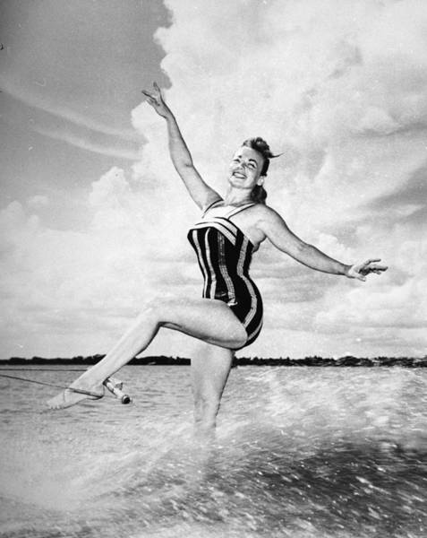 Waterskiing Photograph - Sporty Queen by Metro