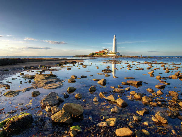Newcastle Upon Tyne Photograph - St. Marys Lighthouse by Dru Dodd/dru Dodd Photography
