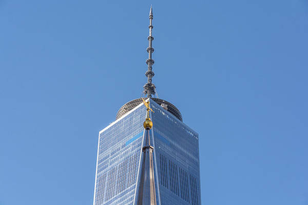Photograph - St Pauls Chapel And Wtc Tower In Manhattan by Mark Hunter