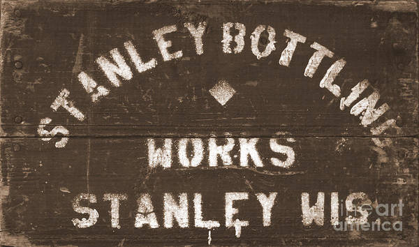 Wall Art - Photograph - Stanley Bottling Works Crate by David Hinds