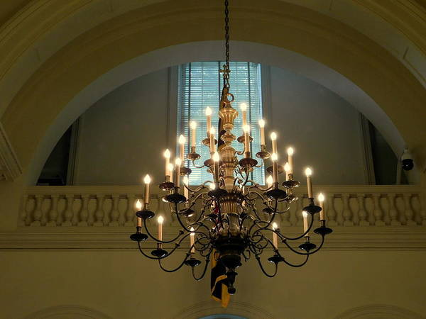 Wall Art - Photograph - State House Chandelier - Annapolis, Md by Arlane Crump